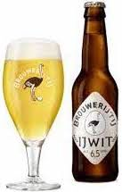 Brouwerij t IJ Ijwit Witbier Doos 12x33cl + opener